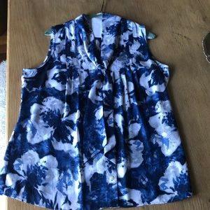 Anne Klein sleeveless blouse Size L